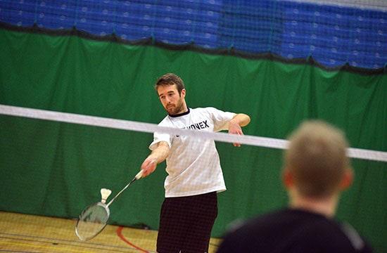 No-Strings badminton