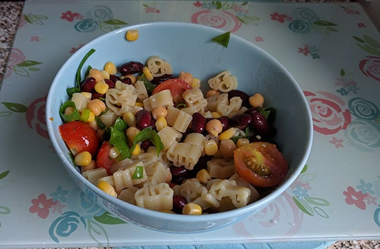 September Snack Attack – Healthy Bean Salad!